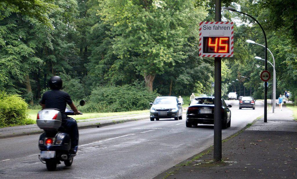 Geschwindigkeitsanzeige Gamma4